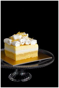 Foodagraphy. By Chelle.: Lemon almond cake with vanilla buttermilk panna cotta and lemon curd