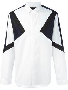 Shop designer shirts for men at Farfetch for styles from your favorite brands, including Burberry, Prada, Balenciaga and more. African Clothing For Men, African Men Fashion, Gents Shirts, Casual Shirts For Men, Men Casual, Gents Kurta Design, White Shirt Men, White Shirts, Mens Designer Shirts