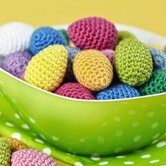 Svarta Fåret : Virkade påskägg till påskriset Diy And Crafts, Paper Crafts, Easter Crochet, Some Ideas, Dog Food Recipes, Serving Bowls, Blogg, Knitting, Create
