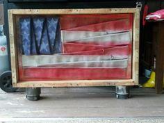 Fire hose flag, pallett framed, couplings for legs