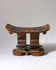 Headrest, 19th–20th century, Zimbabwe - Culture: Shona peoples - Wood and elephant hair