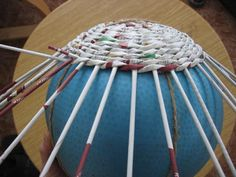 Új papírfonás - Klára Balassáné - Álbuns da web do Picasa Paper Weaving, Basket Weaving, Woven Baskets, Wicker, Album, Handmade, Children, Picasa, Hampers