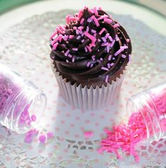 DIY homemade sprinkles (Juniper Cakery).