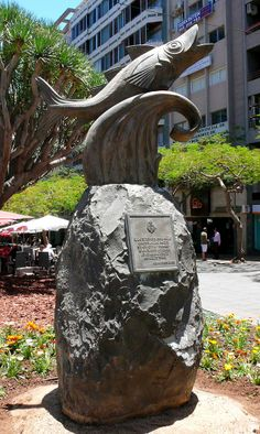 Monumento al Chicharro en Santa Cruz de Tenerife. Tenerife, Canary Islands. Spain