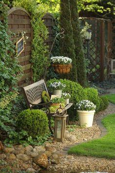 Farm Gardens, Small Gardens, Outdoor Gardens, Unique Garden, Herb Garden Design, Landscaping Plants, Front Yard Landscaping, Landscaping Design, Patio Layout