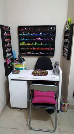 Home Beauty Salon, Home Hair Salons, Beauty Salon Decor, Beauty Room, Nail Salon Design, Nail Salon Decor, Salon Interior Design, Nail Desk, Nail Room