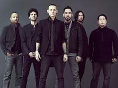 Linkin Park (Rock Band) One of my fav bands of all time Love lyrics, and the voice of Chester..