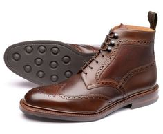 Loake classic English shoemakers since Popular styles include brogues, oxfords, loafers, boots and Boots for sale online. Business Fashion, Business Casual, Brogues, Loafers, Dressy Shoes, Glass Slipper, Boots For Sale, Men S Shoes, Gentleman Style