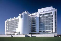 Courthouse, Islip, New York - Richard Meier