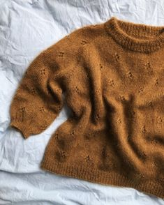 Diy Crafts - Ravelry: Fortune Sweater pattern by PetiteKnit Sweater Knitting Patterns, Free Knitting, Baby Knitting, Knitting Sweaters, Loom Knitting, Brei Baby, Sweater Weather, Stockinette, Stock Foto