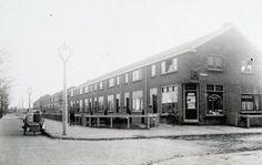 Merwedestraat Dordrecht Family Roots, Modern Buildings, Childhood Memories, Holland, Architecture, Outdoor, Nostalgia, The Nederlands, Arquitetura