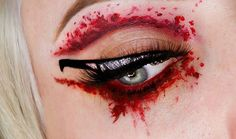 """""""You wear to much makeup"""" """"Say that again BIIIIITTTTTCHHHH, I'll cut you!"""" I saw everyone doing the hype of #knifeliner so I decided, why not? Especially since its getting close to Halloween! Blood splatter cutcrease inspo goes to @drac_makens!  For this look I used @jeffreestarcosmetics """"red rum"""" and """"unicorn blood"""" for the blood crease! Shadow is @starcrushedminerals """"mahogony amoire"""". Liner is @tartecosmetics """"clay pot"""" liner, and glitter is @syncosmetics """"certifiable"""". Lashes are…"""