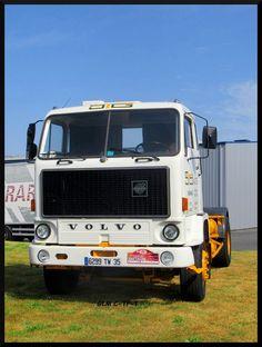 La Société des Transports Gautier (STG) est restée célèbre pour ses camions Volvo, dont ce F89. Gautier, Train, Transport, Trucks, Brittany, Volvo Trucks, Funny Animals, Truck, Strollers