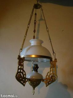 lamp Hanging Lamps, Ceiling Lamps, Tiffany Lamps, Antique Lighting, Oil Lamps, Bed Room, Antiques, Beautiful, Home Decor