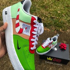 Girls Sneakers, Vans Sneakers, Custom Sneakers, Custom Shoes, Sneakers Fashion, Jordan Shoes Girls, Girls Shoes, Art Beauté, Custom Jordans