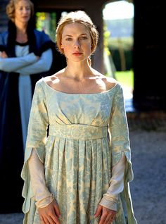 Rebecca Ferguson in The White Queen (TV Series)