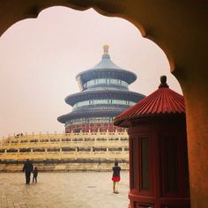 The magnificently symmetrical Temple of Heaven stands out in the #fog in #Beijing.    Photo courtesy of sallies on Instagram.