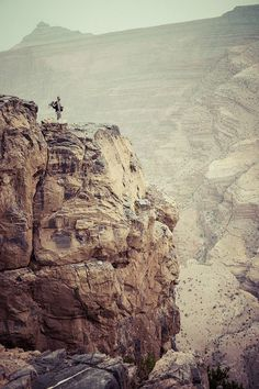Oman   #PictureoftheDay: Looking into the abyss of Oman's Grand Canyon. credit…