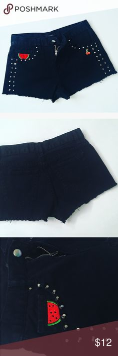 F21 Studded Shorts 🍉 Forever 21 High Waisted studded shorts with fruit decals 🍉🍒 slight frayed hem, black denim with silver stud detail, belt loops, front & back pockets ~ excellent condition; like new ❣️ Forever 21 Jeans