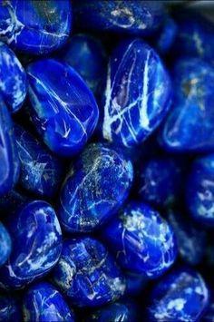 Real lapis lazuli, not the dyed howlite stuff Azul Indigo, Bleu Indigo, Everything Is Blue, Blue Bayou, Himmelblau, Blue Aesthetic, Electric Blue, Pantone, My Favorite Color
