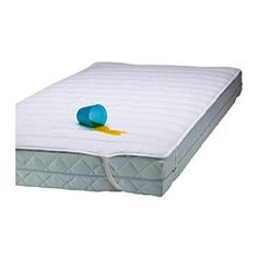 IKEA - NATTLIG, Waterproof mattress protector. The waterproof inner layer (polyurethane) protects the mattress. Quick to remove and easy to wash. Polyesther outer fabric and filling. Mattress Covers, Crib Mattress, Mattress Protector, Ikea Shopping, Under Stairs Cupboard, How To Dress A Bed, Yellow Theme, Old Room, Elastic Ribbon