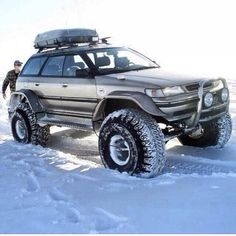 Subaru's apparently look just as good lifted as they do lowered.. I dig it.