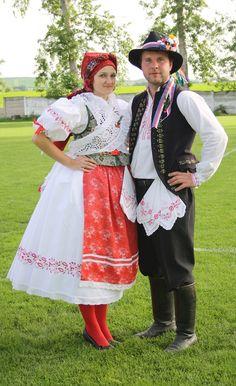 Folklor Brněnska - Fotoalbum - kroj z Troubska - kroj z Troubska - foto Victorian, Costume, Czech Republic, Dresses, Style, Fashion, Photograph Album, Vestidos, Swag