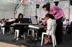 Prefeitura expande polos culturais do 'Educando para a Cidadania' Dois novos locais, um no Jardim Vicente de Carvalho, e outro no Bairro Chácaras, vão disponibilizar cursos de artes visuais, idiomas, ballet e música. Casa da Cultura também passa por remodelação   http://www.oredesocial.com.br/prefeitura-expande-polos-culturais-do-%E2%80%98educando-para-a-cidadania%E2%80%99.html