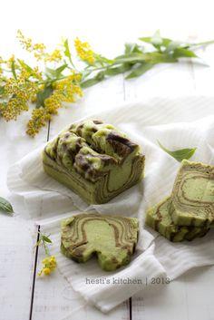 HESTI'S KITCHEN : yummy for your tummy: Zebra Kukus Putih Telur Pandan