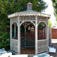 Reclaimed wooden gazebo for sale on SalvoWEB from V&V Reclamation in Hertfordshire [ Salvo code dealer