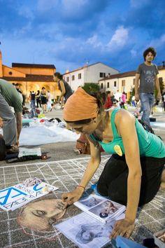 La grande notte dei madonnari alla Fiera delle Grazie - Foto - Gazzetta di Mantova