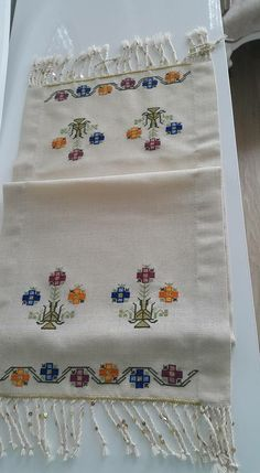 Hand embroidered table runner cross-stitch table by RugsNBags Wool Embroidery, Cross Stitch Embroidery, Embroidery Designs, Cross Stitch Designs, Cross Stitch Patterns, Cross Stitch House, Bargello, Shabby, Needlepoint