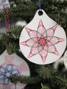 Easy DIY craft idea: Spirograph Christmas ornaments! Studio Photography Poses, Dark Photography, Wallpaper Headboard, Spirograph, Wedding Videos, Easy Diy Crafts, Crafts For Teens, Craft Videos, Diys