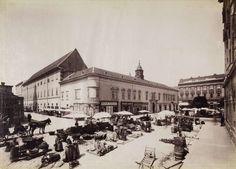 piac a Városház téren, balra a Március 15. (Eskü) tér, szemben a Piarista (Kötő) utca és Vas-udvar. Ma a tér helyén a Piarista tömb található. A felvétel 1894-ben készült. A kép forrását kérjük így adja meg: Fortepan / Budapest Főváros Levéltára. Levéltári jelzet: HU.BFL.XV.19.d.1.07.044