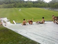 giant homemade slip and slide at wedding reception (outdoor birthday games hilarious) Giant Slip And Slide, Homemade Slip And Slide, Slip N Slide, Summer Games, Summer Activities, Outdoor Activities, Summer Fun, Art Activities, Summer Ideas