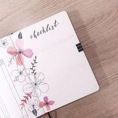 mariana | bujo minimalista sur Instagram: [checklist] ainda tinha umas fotinhas de setembro pra postar então cá estão!!! já estou preparando meu mês de outubro, o de vocês tá…