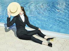 Fashion photography - by Frederike Helwig
