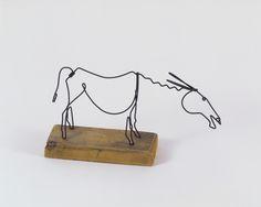 by Alexander Calder Alexander Calder, Wire Crafts, Metal Crafts, Metal Wall Art, Wood Art, Wire Art Sculpture, Copper Art, Grafik Design, Art Pieces