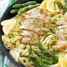 Lemon, Asparagus, Chicken Pasta @keyingredient #cheese #chicken