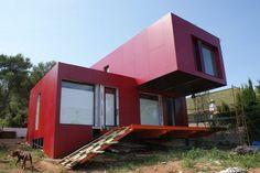 Contiene una Casa, vivienda hecha con contenedores