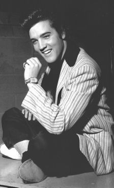 For Elvis 1957 was the most important year of his career. He moved from the TV screen to the movie screen, and changed his career's course into the 1960s
