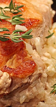 These cheesy rice stuffed pork chops are made with juicy pan seared pork chops stuffed with creamy rice with mozzarella, ricotta and parmesan cheeses. Sausage Recipes, Pork Recipes, Pasta Recipes, Perfect Pork Chops, Pork Chops And Rice, Rice Stuffing, Cheesy Rice, Seared Pork Chops, Smoked Brisket