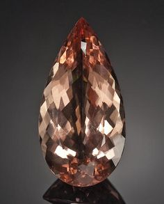 Beautiful Large Morganite Weighing approximately 102.07 carats and measuring 49.3 x 25.1 x 15.5mm