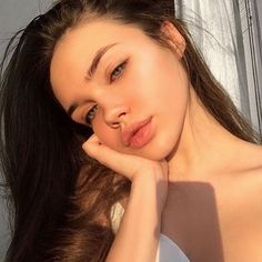 Excellent natural beauty tips are offered on our internet site. Take a look and you wont be sorry you did. Skin Makeup, Beauty Makeup, Hair Beauty, Beauty Skin, Makeup Style, Eyebrow Makeup, Natural Beauty Tips, Natural Makeup, Natural Lips