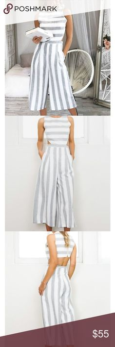 Grey and white jumpsuit NWT US SIZE 6 // UK SIZE 10 // NEW WITH TAGS ATTACHED Pants Jumpsuits & Rompers