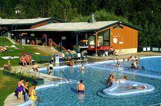 Lounging in the springs #FairmontHotSpringsResort #hotsprings #hotpools #publicpools #destinationbc #tourismbc #BritishColumbia #naturalhotsprings