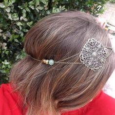 Charmant headband bijoux de cheveux, serre tete accessoire vintage, romantique,chic,estampe carré filigrané, boheme , perle jade et onyx