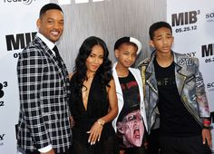 "Will Smith's WTF Birthday Note to Willow, 13: ""I'm Gonna Get"" Your Mom Pregnant! Hella wat To Tell A 13 Year Old You Think"