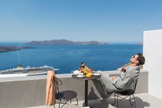 Romance unravels in one of the best honeymoon suites in Santorini belonging to Andronis Honeymoon Suites, where your love is no ordinary love. Honeymoon Suite, Best Honeymoon, Sit Back, Santorini, Sun Lounger, Outdoor Decor, Beautiful, Chaise Longue, Hammock Swing