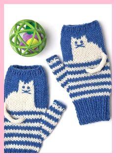 ללא הוראות On these fingerless mitts, charming kittens- worked using simple intarsia- sit atop panels of two-row stripes. Knit flat and seamed, they feature neat ribbed edges. Knitting For Kids, Easy Knitting, Knitting Socks, Knitting Projects, Knitting Patterns, Start Knitting, Fingerless Gloves Knitted, Knit Mittens, Kitten Mittens